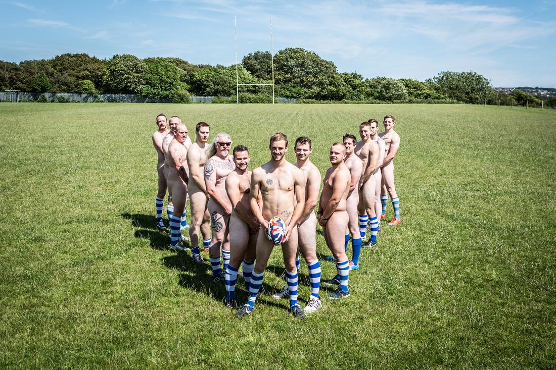 Girls fotball team nude